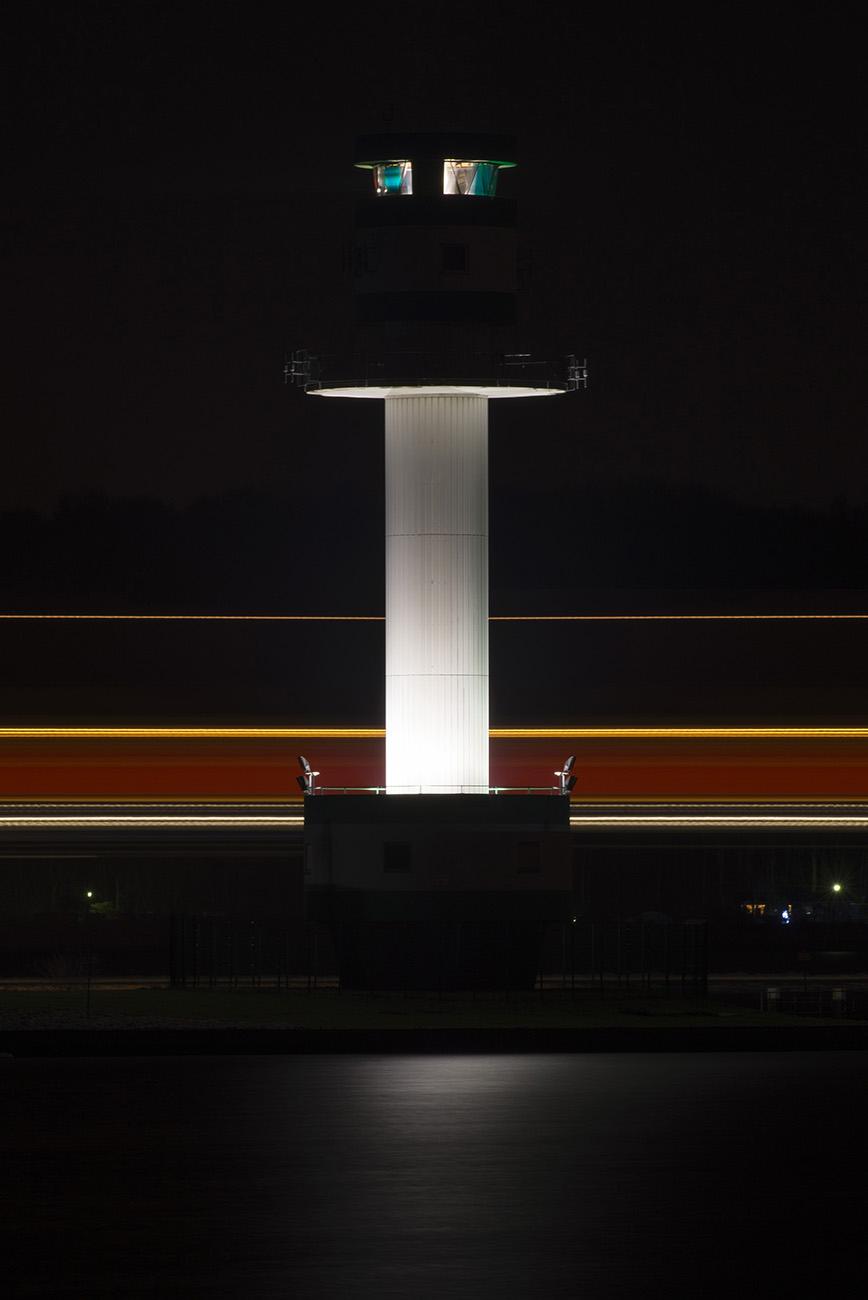 Jan Petersen: Leuchtspuren